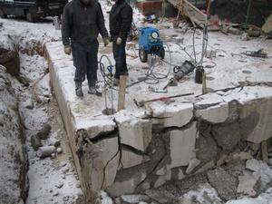 Демонтаж старого фундамента под ключ